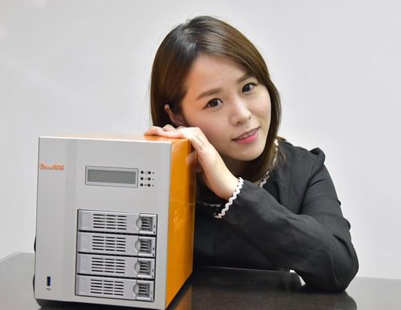 詮力 PowerNAS PN-401 達人級效能、初學者玩法!T 客邦菁英網友第一手實測報告搶先看!
