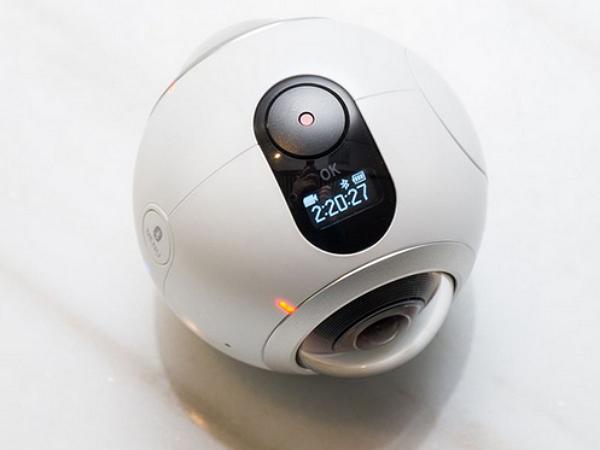 Samsung發表了一顆球:Gear 360 全景相機