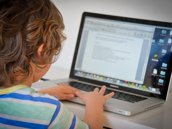 諾頓網路安全調查報告:孩子為家庭網路安全中最弱一環