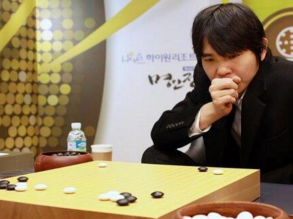 AlphaGo 又贏了,人類棋手智慧真的不敵人工智慧?