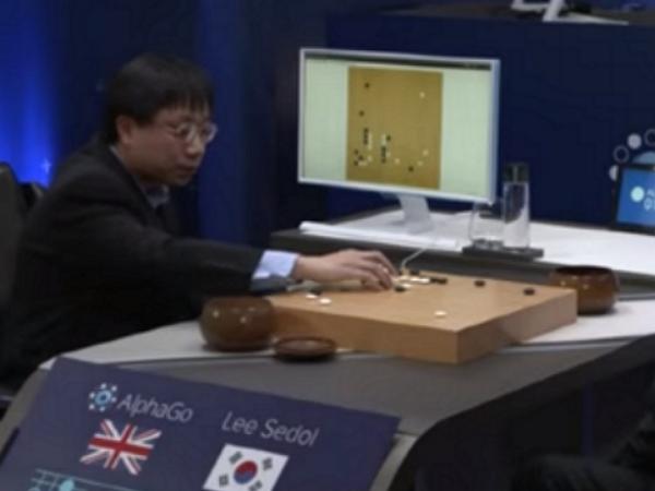 黃士傑闢謠:請別再攻擊李世石九段,打敗他的是分散式版的AlphaGo