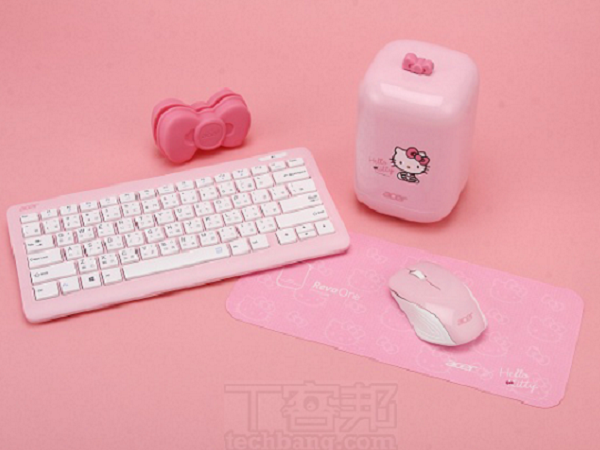 Acer Revo One RL85 Hello Kitty 評測:卡哇伊膠囊迷你電腦超吸睛,開放升級 3TB 硬碟容量