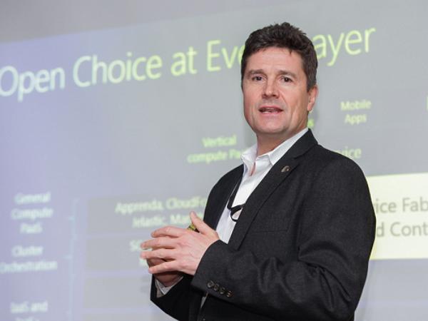 微軟雲端首席架構師沃立奇.霍曼:下階段物聯網重點為從IoT到IoMT