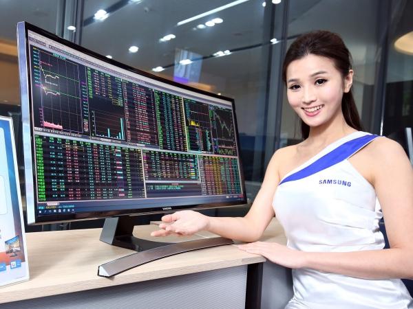 Samsung 發表 5 款 1800R 曲面顯示器,21.5 吋售價 4,490 元起