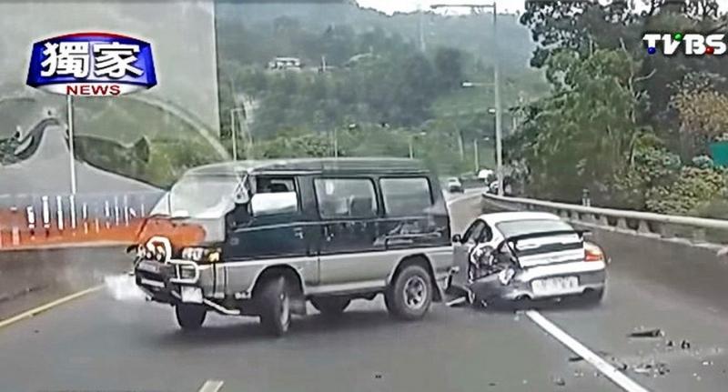『絕命終結站』翻版?!台灣、日本兩地國道接連出現『很扯的』意外事故