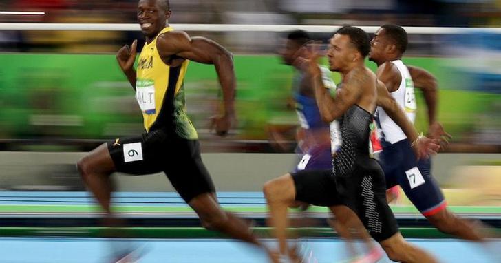 這張地表最快的人類 「閃電」波特 回眸一笑的照片是怎麼拍出來的
