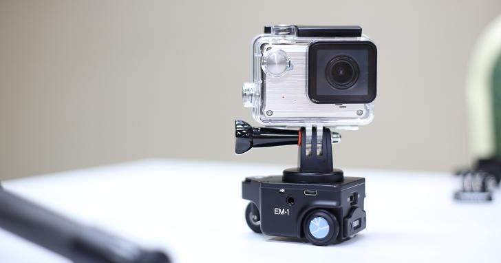 可直走/轉彎的遙控攝影車 Sirui 思銳 EM-1,讓你拍攝更流暢的運鏡效果