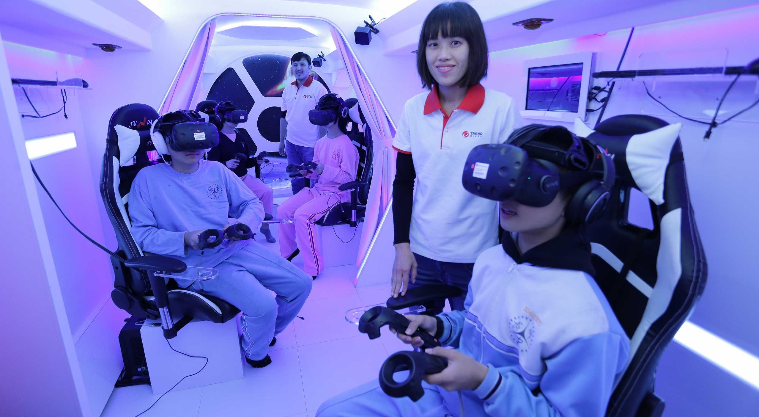趨勢科技打造魔法VR巴士,預計行駛偏鄉111所學校,造福超過一萬名學生