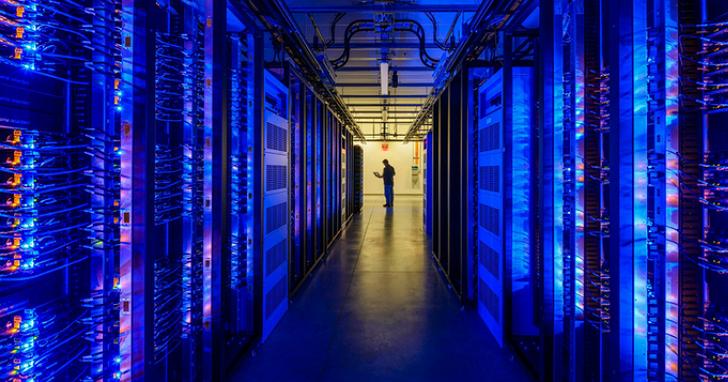 Facebook 有幾十億用戶,它的資料中心是如何提供支援的?