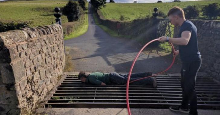 自己的寬頻網路自己拉!英國農婦自學光纖纜線熔接,造福偏鄉兩千用戶