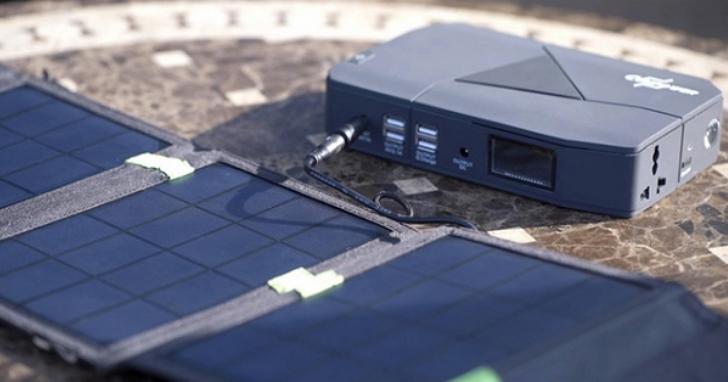 這款行動電源能充手機、充筆電、救車,甚至還支援太陽能充電