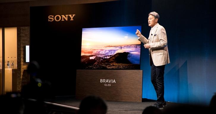 Sony 終於推出旗下第一台 OLED 電視 XBR-A1E,更酷的是不帶喇叭、靠螢幕震動自己發聲!