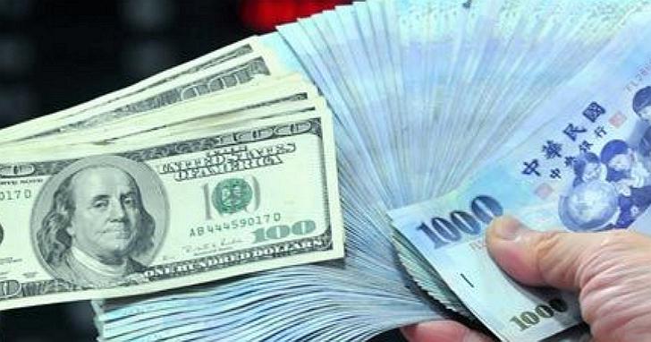 中國官媒發表「年終獎金調查表」,平均年終獎金台幣六萬元、六成白領只有年終沒有獎