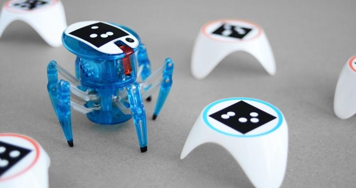 結合AR與學習功能的bots_alive仿生機器人套件