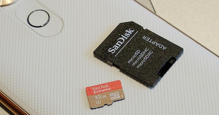 SanDisk 推出可存手機 app 的 microSD 記憶卡,售價高達 7999 元