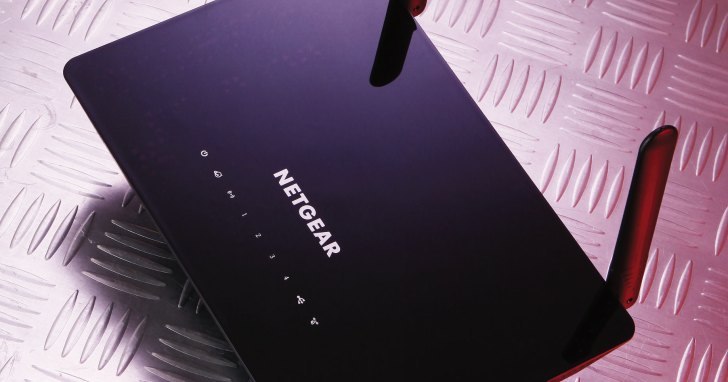 NETGEAR R6220- 意想之外的高性價比選擇