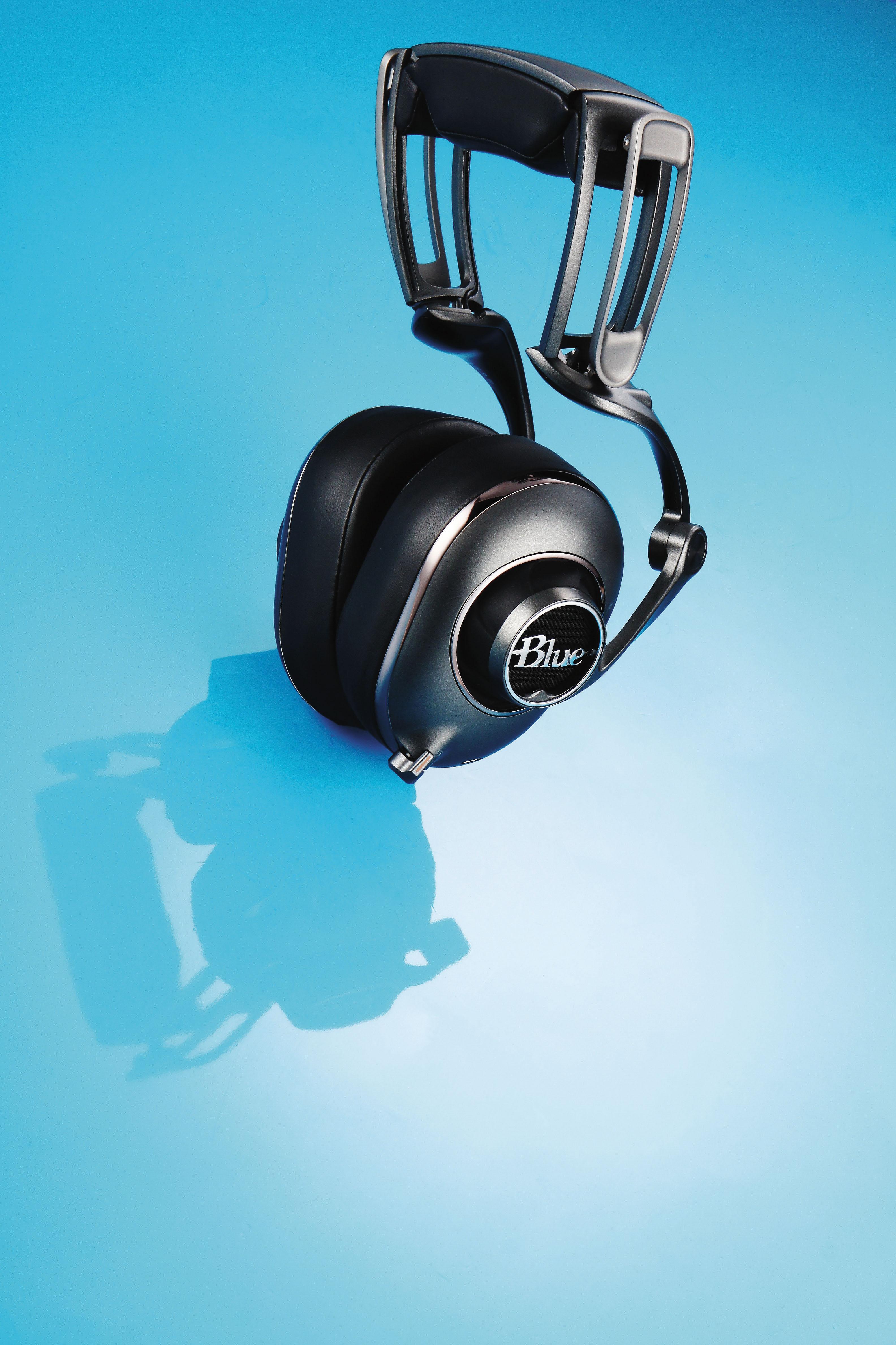Blue Mo-Fi- 內建2段類比擴大的發燒耳機   T客邦