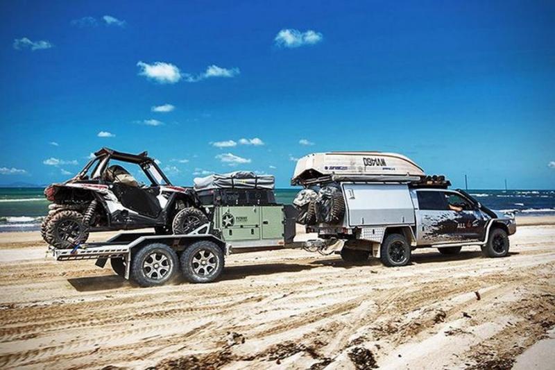 露營界的浩克終結者!被神附身的超強露營拖車