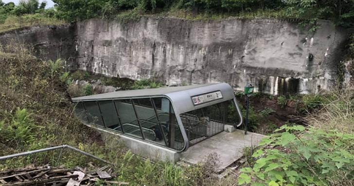 可能是全中國最荒涼的捷運站:重慶6號線曹家灣站,營運中