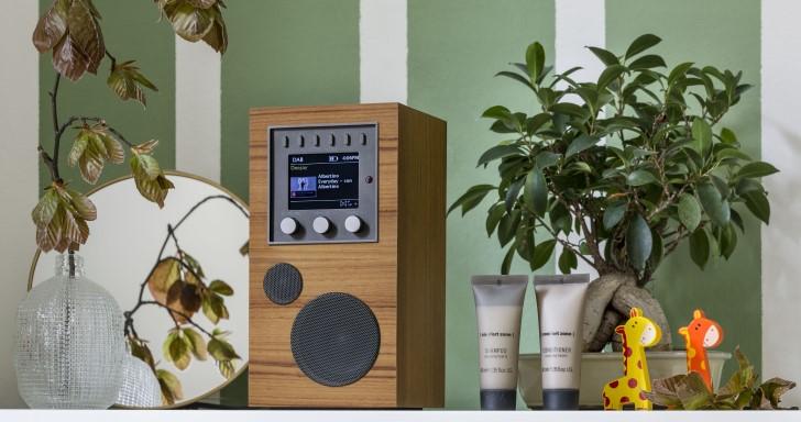 迷你隨身喇叭Amico不但能聽FM廣播,還能串流網路音樂