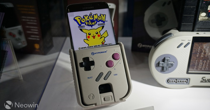 這是將手機變成 Game Boy 的配件「Smart Boy」,幫你重新找回兒時的感動
