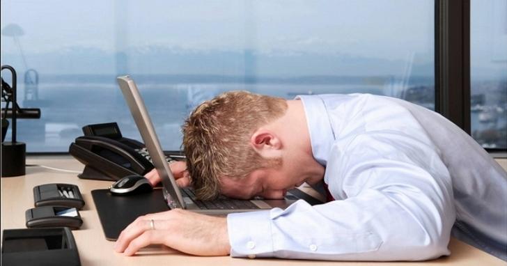 日本調查顯示星期一上午壓力大,中風、心肌梗塞更常發生