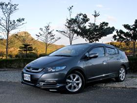 低於百萬的油電環保車:Honda Insight Hybrid