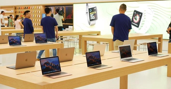 新 iMac、Macbook Air 德誼搶先開賣,副廠配件九折優惠