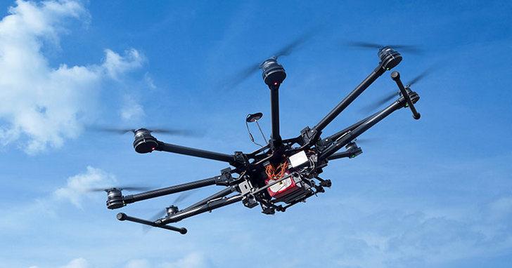 美國一名犯人靠著無人機成功越獄