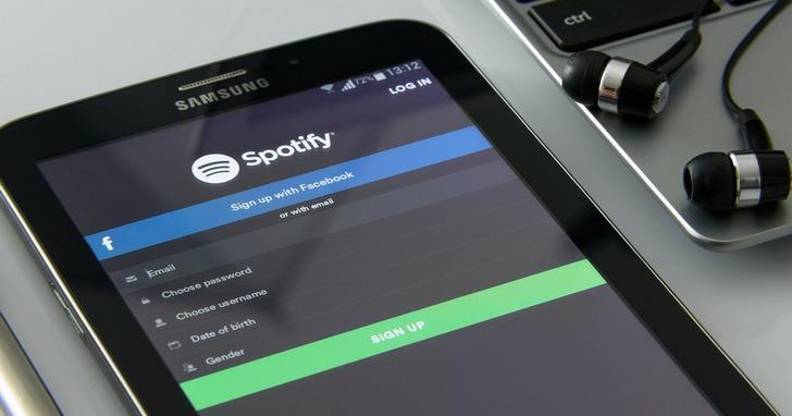 外媒揭露 Spotify 官方播放清單參雜「假歌手」作品,影響正牌藝人賺錢機會