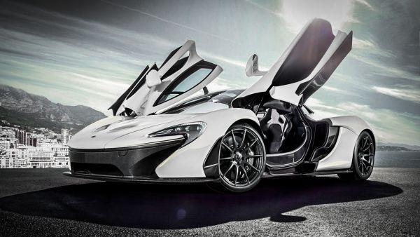 老司機要哭哭了,McLaren P1 錯上絕命貨車,撞車受損差點GG!