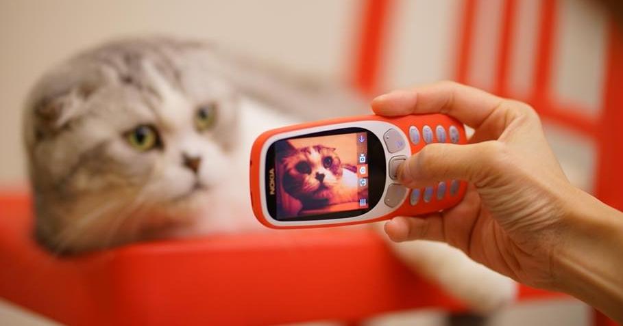 握一手年少情懷,Nokia 3310(2017)動手玩