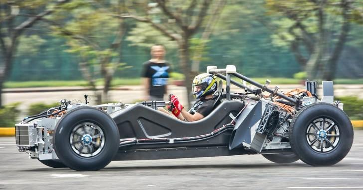加速比Tesla Roadster還快!台灣新創團隊打造電動超跑開放預購,限量19台