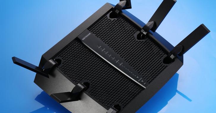 Netgear R8000P- AC4000三頻無線路由器