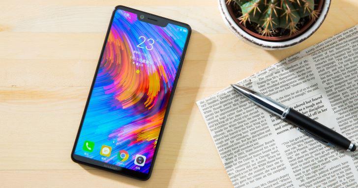 全螢幕手機正夯!螢幕占比更高的「異形螢幕切割」已成主流!