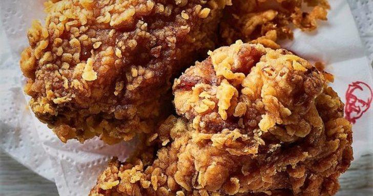 真的不能吃雞了!英國數百家肯德基因為無雞可用而停止供餐