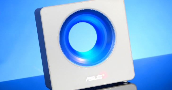 優雅外型融入居家生活,支援 Alexa 與 IFTTT 的 Asus Blue Cave 無線路由器