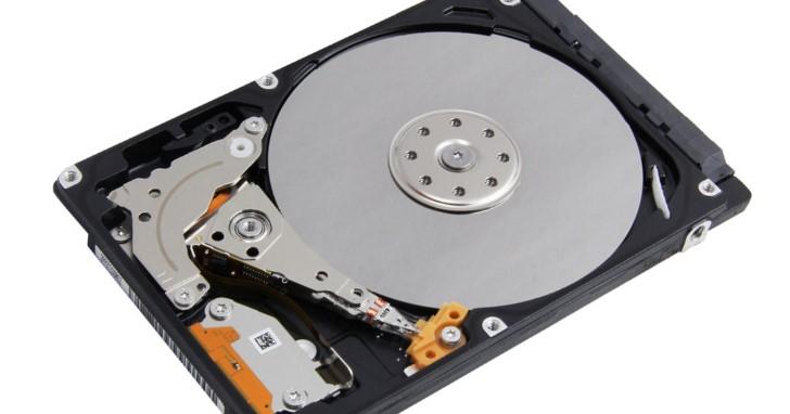 採購 2.5 吋 2TB PMR 記錄硬碟不用再玩抽抽樂?!Toshiba 推出 9.5mm 高度 MQ04ABD200