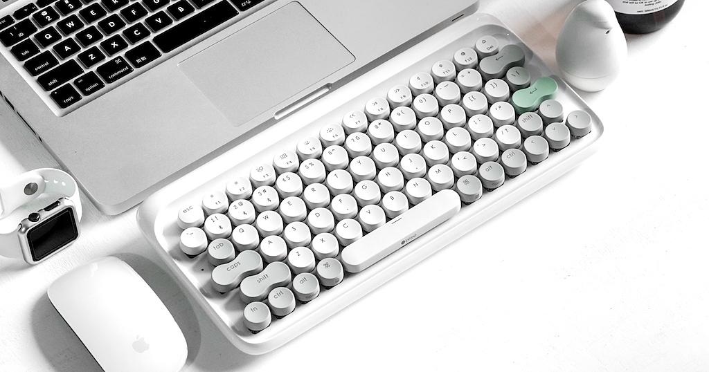 復古情懷的 Lofree 打字機鍵盤開放預購,售價 3,290 元