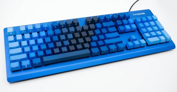 想不多看一眼都不行!i-Rocks K65M 靛藍浸染鍵帽機械式鍵盤