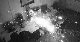英國商人將HP Envy筆電放在辦公室充電放整夜,半夜發現辦公室燒光光