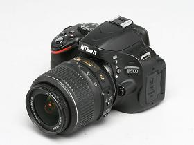 翻轉螢幕入門相機新選擇,Nikon D5100 實測