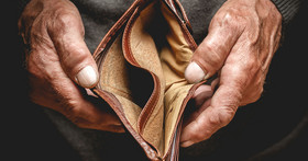老闆真的有幫你加薪?主計處:經常性薪資成長連 4 個月破 2%