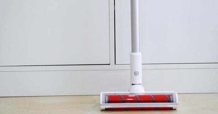 睿米手持無線吸塵器 F8 在中國正式開賣,正式售價與米家掃地機器人一樣