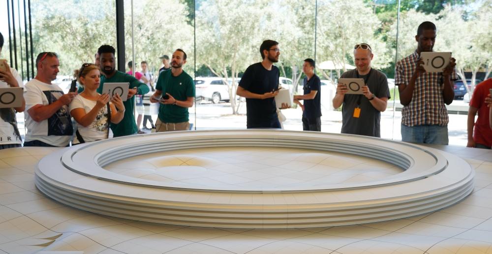 蘋果新總部朝聖去,Apple Park Visitor Center 開放民眾參觀、還有全球限定商品可買