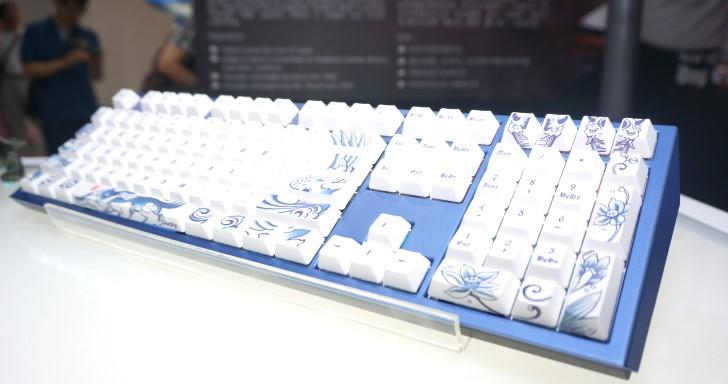 Computex 2018:Ducky只有更狂,推出2018狗年紋身主題紀念鍵盤 | T客邦