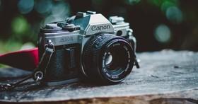 老膠卷相機還有什麼新玩法?用這個把它變成拍立得