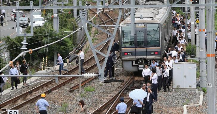 日本大阪發生規模6.1大地震,新幹線停駛(2018年)