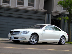 頭等艙級的舒適享受:Mercedes-Benz CL 500 BlueEFFICIENCY