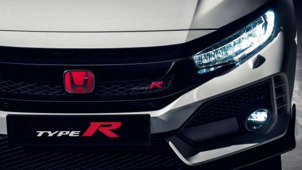 輕鬆坐擁「最速前驅」?疑似平價入門版 Honda Civic Type R 測試車捕獲!